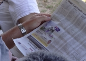 Koala the media tart. Photo in french newspaper