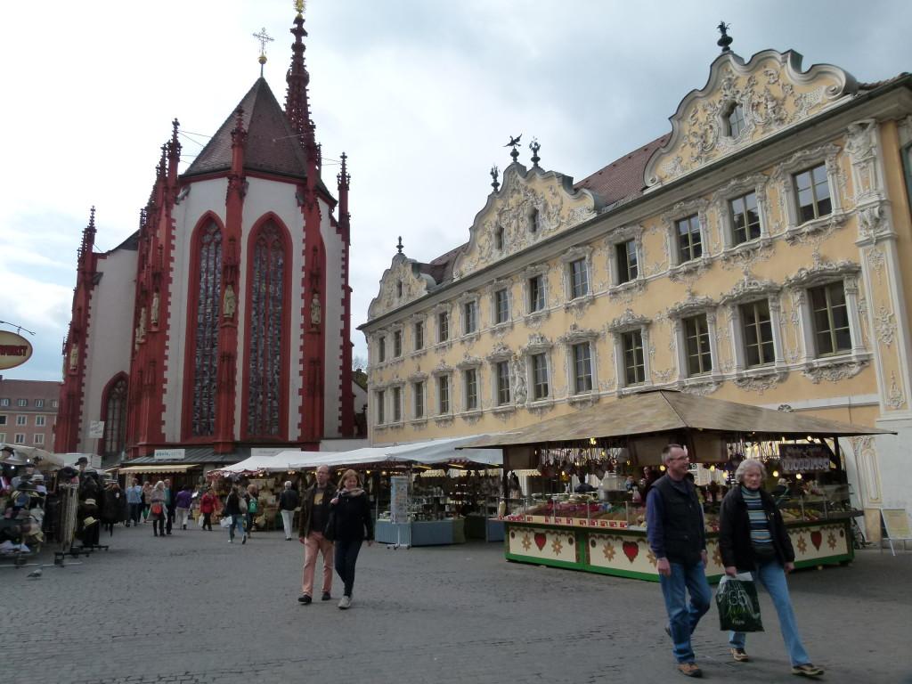 Warzburg, market day