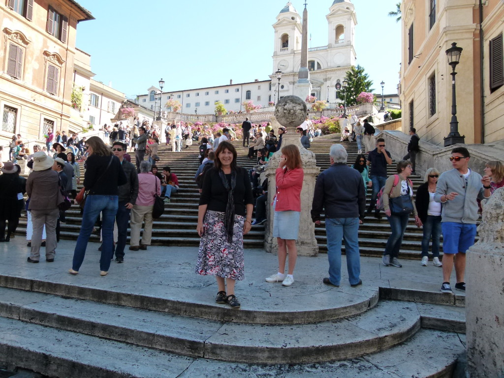 Lori on the Spanish Steps.