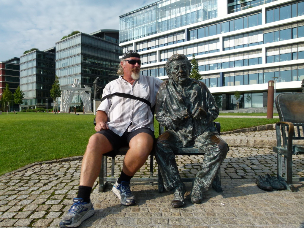 outside of Budapest National Theater. Ewout thinks he look a bit like Bob Hawke ??
