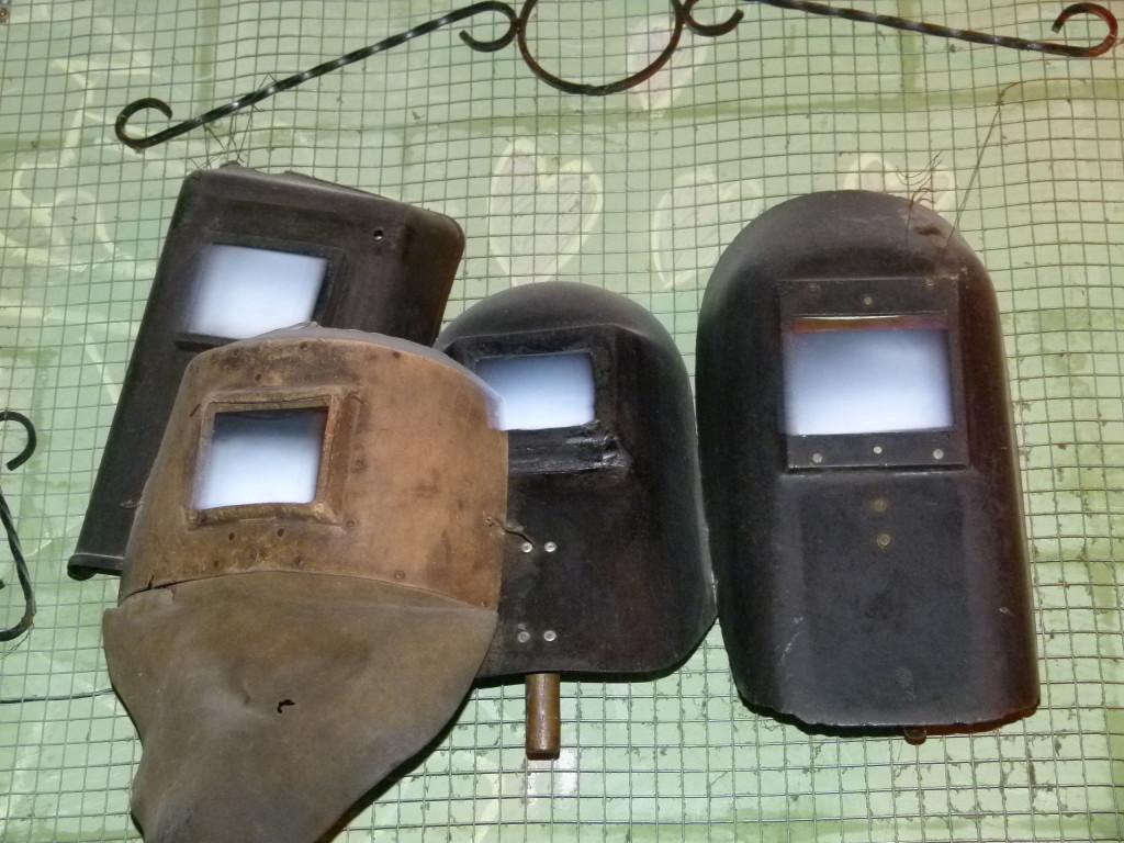 interesting use of welding masks, Szimpla pub