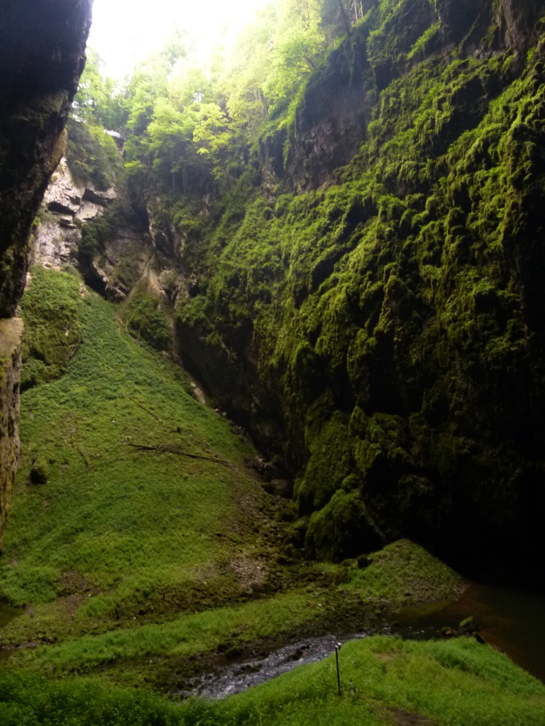 In the Abyss, Punka Caves