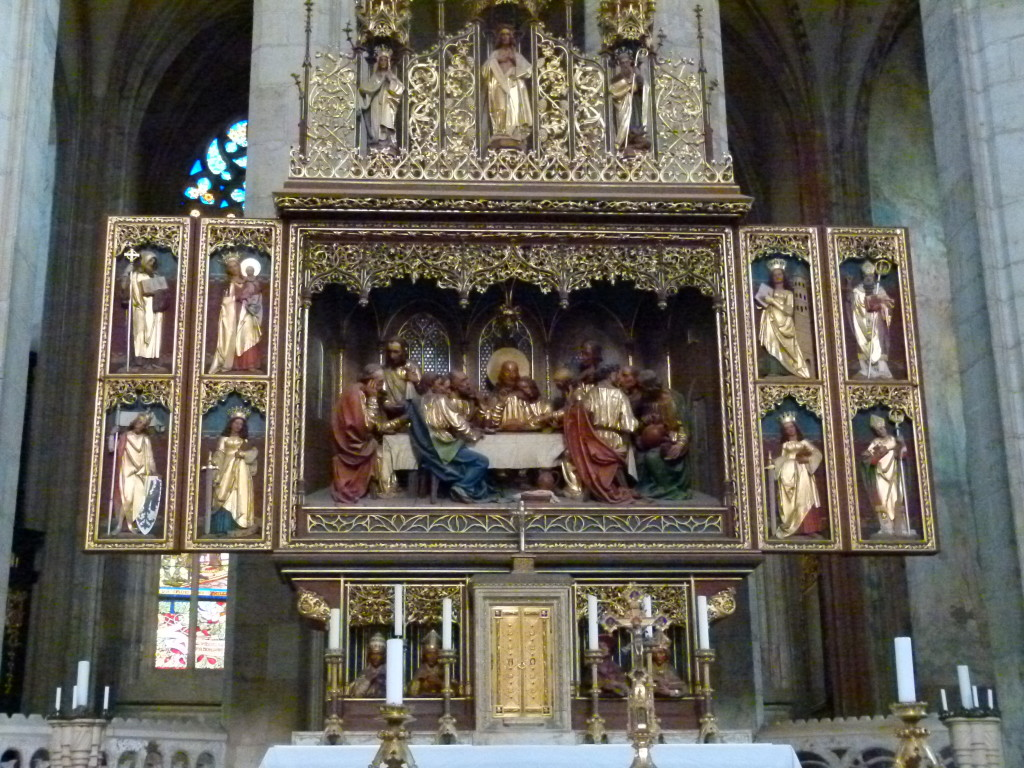 A beautiful altar piece in the church.