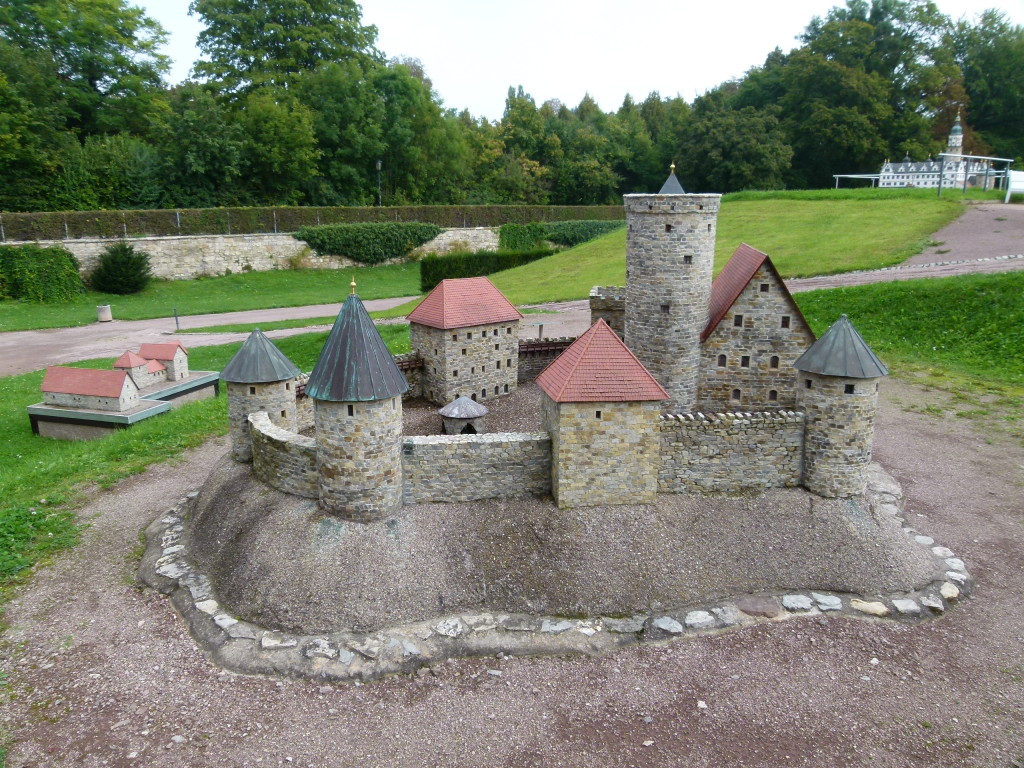 Model of how the old Arnstadt castle would have looked like
