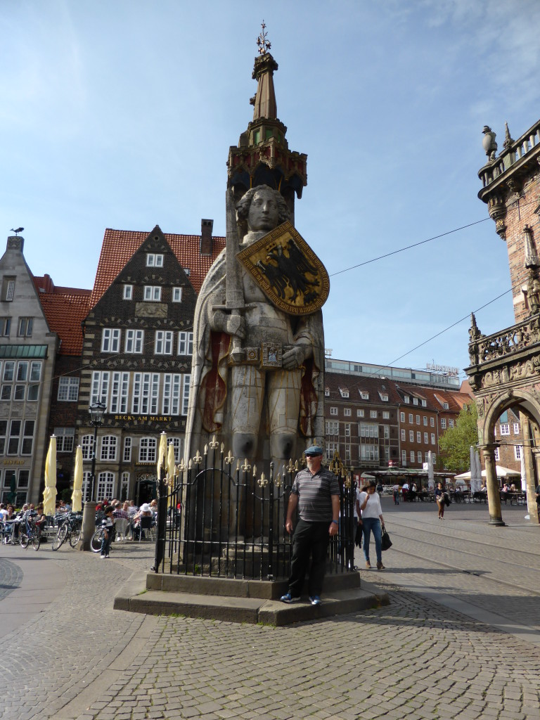 Ewout with the statue of Roland in the town Square, Bremen.