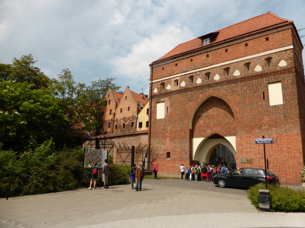 One of the many gates to the town of Torun. School groups were everywhere. This was only about 300 meters from our carpark.