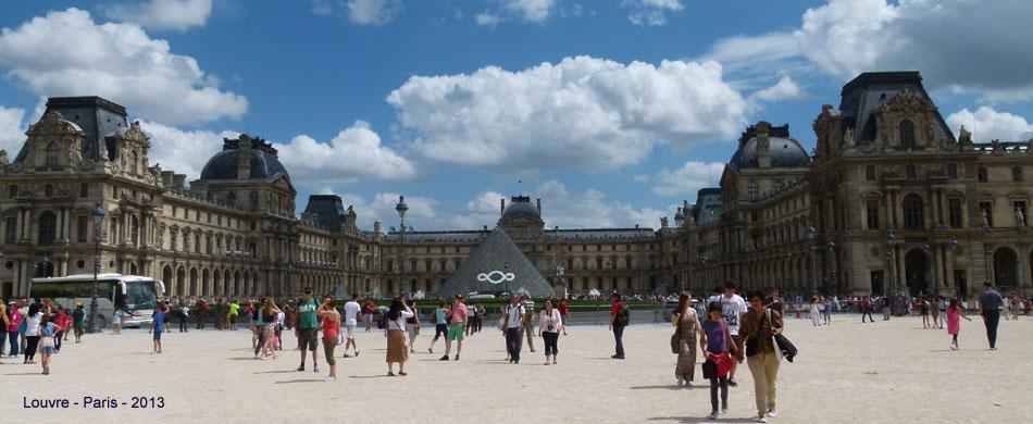 Louvre w