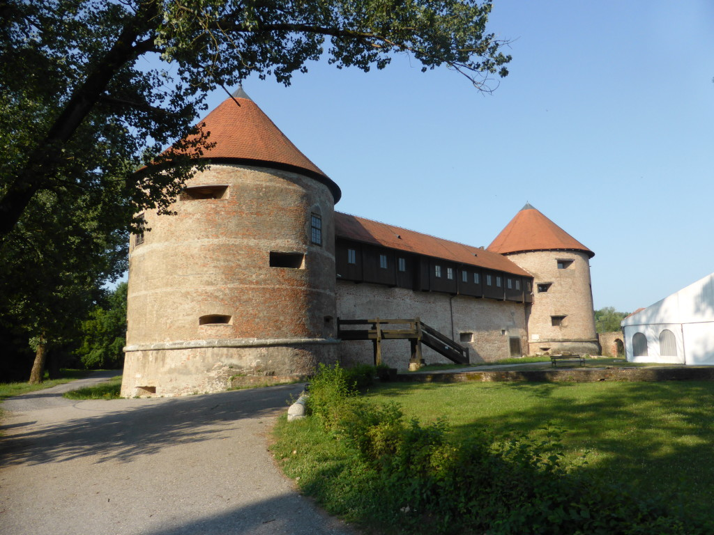 The castle at Sisak. No -one was there as it was just after 8 in the morning.